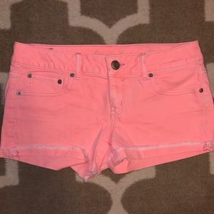 American Eagle Stretch Shorts in Coral Pink
